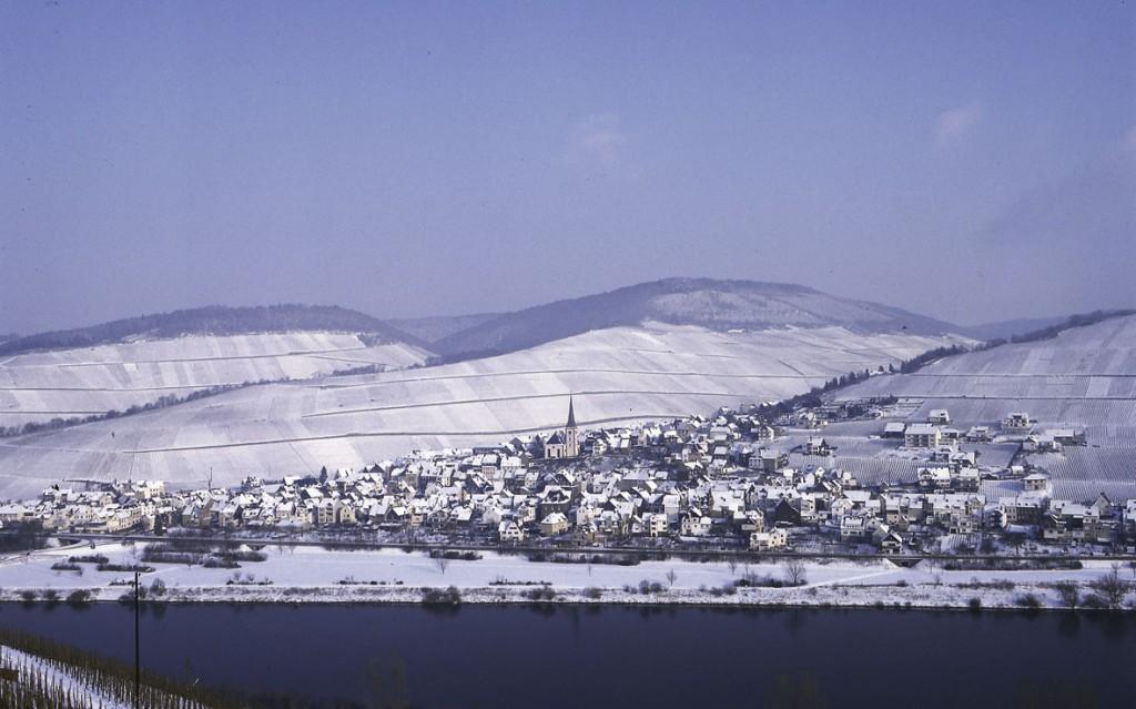 Enkirch im Schnee